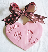 Payln-pink-heart-hand-impression