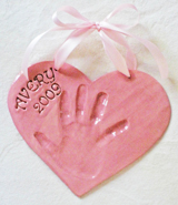pink-heart-hand-impression-avery