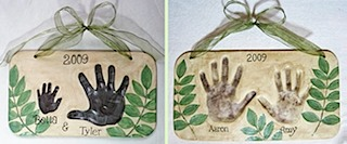 Siblings leaf plaques4