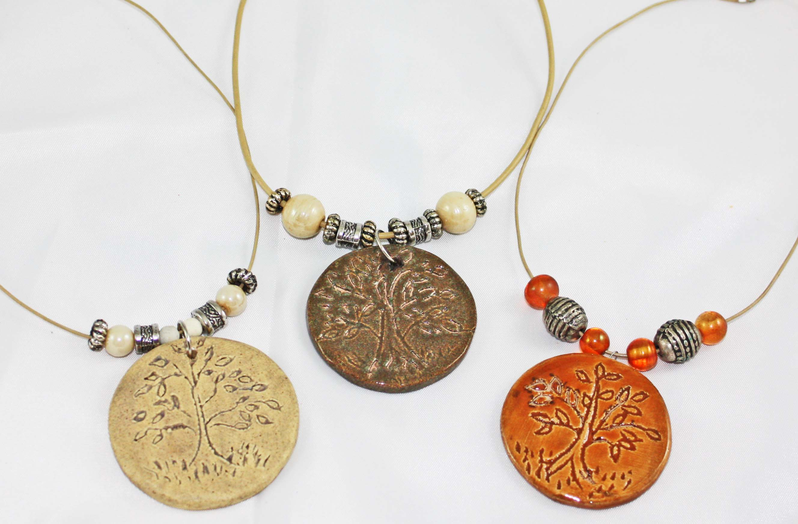 Christian Necklaces on Tree Of Life Necklaces Christian Jewelry